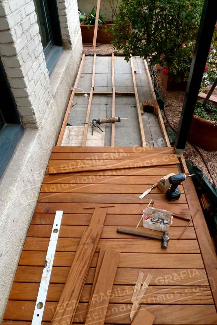 37 95 oferta de tarima exterior de grapia o teca dorada for Tarima de madera exterior