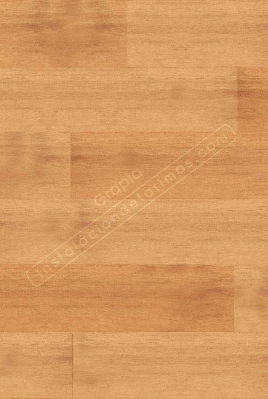 el color de la tarima de grapia, una madera clara