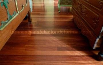 Foto de tarima de interior de elondo. En la clasificación de la madera por su densidad el elondo están entre las mejores.