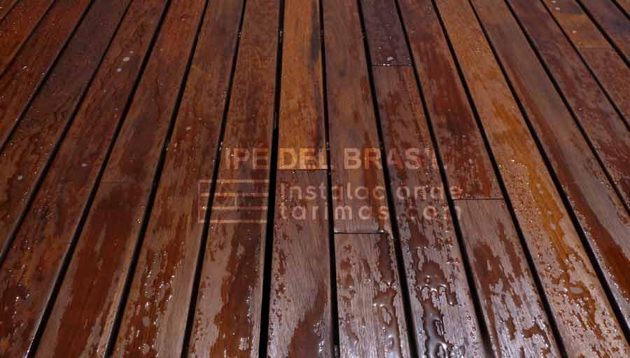 Foto de tarima exterior de ipé del brasil